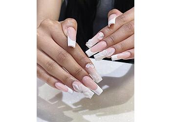Elgin nail salon Victoria's Nails