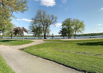 Madison public park Vilas Park