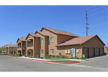 Visalia apartments for rent  Villas at Lovers Lane