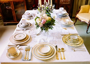 Chicago event rental company Vintage Place Settings