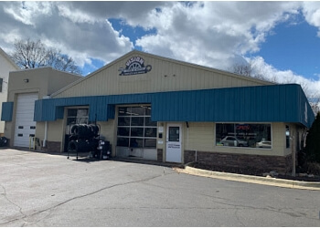 Lansing car repair shop Vision Tire & Auto
