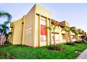 Long Beach assisted living facility Vista Del Mar Senior living