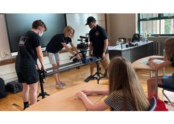 Rockford videographer Vixen Productions