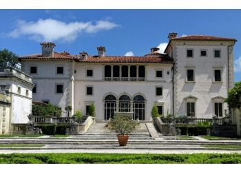 Miami places to see Vizcaya Museum and Gardens