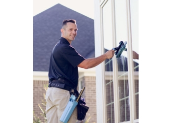 Indianapolis window cleaner WE DO WINDOWS, LLC
