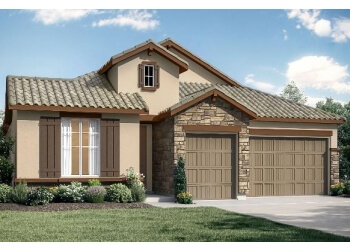 Visalia home builder WOODSIDE HOMES