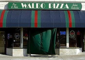 Kansas City pizza place Waldo Pizza