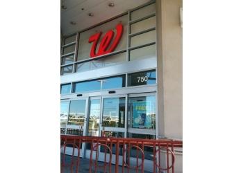Reno pharmacy Walgreens