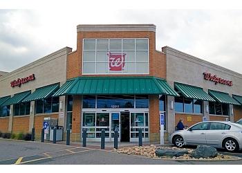 Aurora pharmacy Walgreens