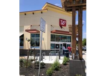 Oakland pharmacy Walgreens