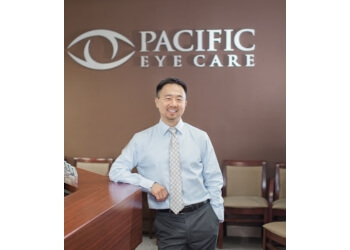 Huntington Beach pediatric optometrist Walter Yim, OD - PACIFIC EYE CARE