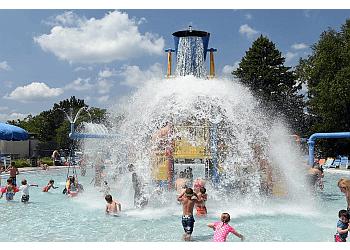 Warren amusement park Waterford Oaks Waterpark