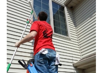 Fort Wayne window cleaner Welcome Window Washing