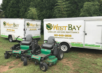Mobile landscaping company Westbay Landscape & Lawn Maintenance
