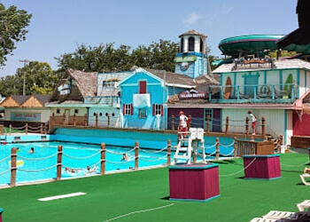 Oklahoma City amusement park White Water Bay