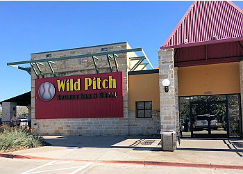 Frisco sports bar Wild Pitch Sports Bar & Grill