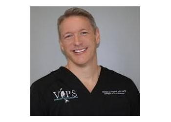 Port St Lucie plastic surgeon  William J. Vinyard, MD