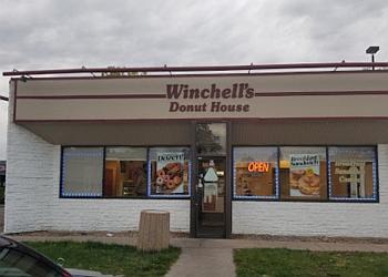 Aurora donut shop Winchell's