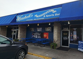 Lexington sports bar Winchell's