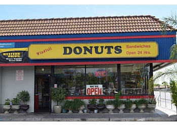 Fresno donut shop Windfall Donuts