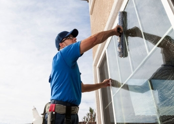 San Francisco window cleaner Window Doctor SF