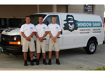 Charlotte window cleaner  Window Gang, Inc.