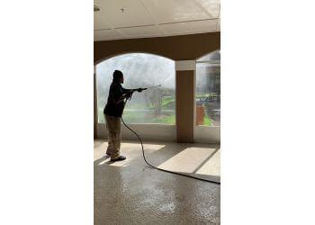 Jacksonville window cleaner Window Gang of Jacksonville