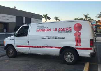 Hialeah window cleaner Window Leaders