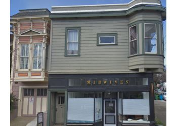 San Francisco midwive Women Born