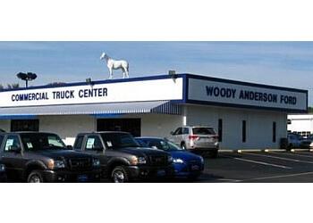 Huntsville car dealership Woody Anderson Ford