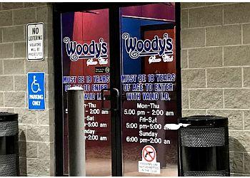 Cedar Rapids night club Woodys Show Club