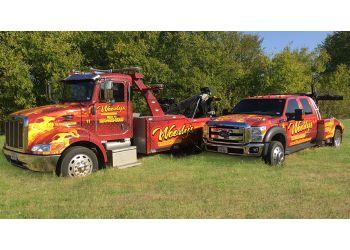 Waco towing company Woody's Wrecker Service