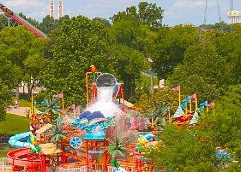 Kansas City amusement park Worlds of Fun