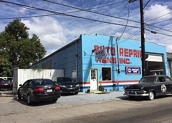New Orleans auto body shop Wren's Collision Center