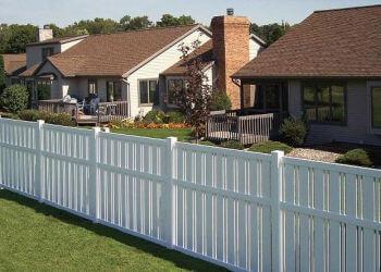 Orlando fencing contractor Wulff Fence