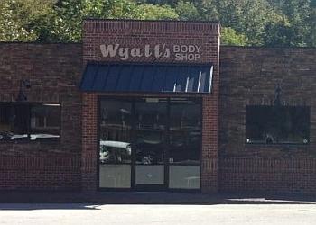 Clarksville auto body shop Wyatt's Body Shop