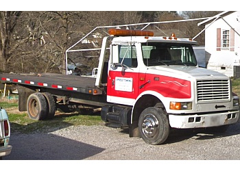 Knoxville towing company Xpress Towing