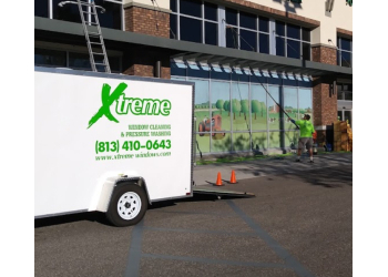Tampa window cleaner Xtreme Window Cleaning & Pressure Washing, LLC