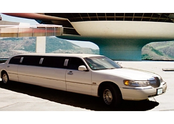 Salinas limo service YOUR MAITRE D LIMO