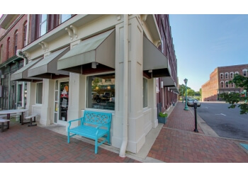 Clarksville cafe Yada on Franklin