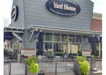 Kansas City american restaurant Yard House