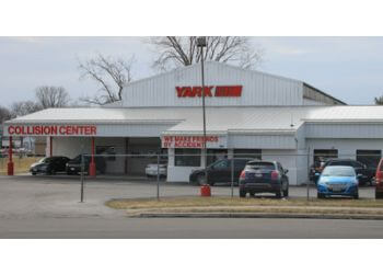 Toledo auto body shop Yark Collision Center
