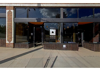 Pasadena yoga studio Yoga House
