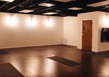 Akron yoga studio Yoga Squared