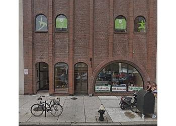 Boston yoga studio YogaWorks