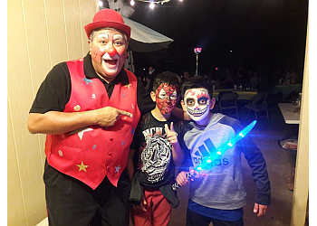 El Paso face painting Z-Z the Clown
