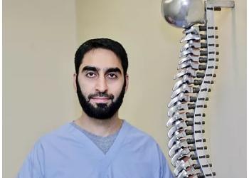 Cincinnati pain management doctor Zeeshan Tayeb, MD