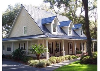 Lowell roofing contractor Zhumas Constructions