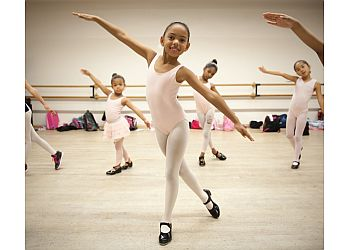 Los Angeles dance school debbie allen dance academy