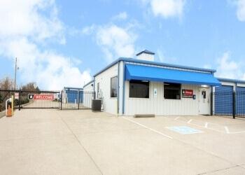 Clarksville storage unit iStorage